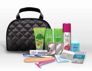 Woman on the Go Fructis Premium Travel Kit