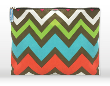 chevron-print-clutch-bag.jpg
